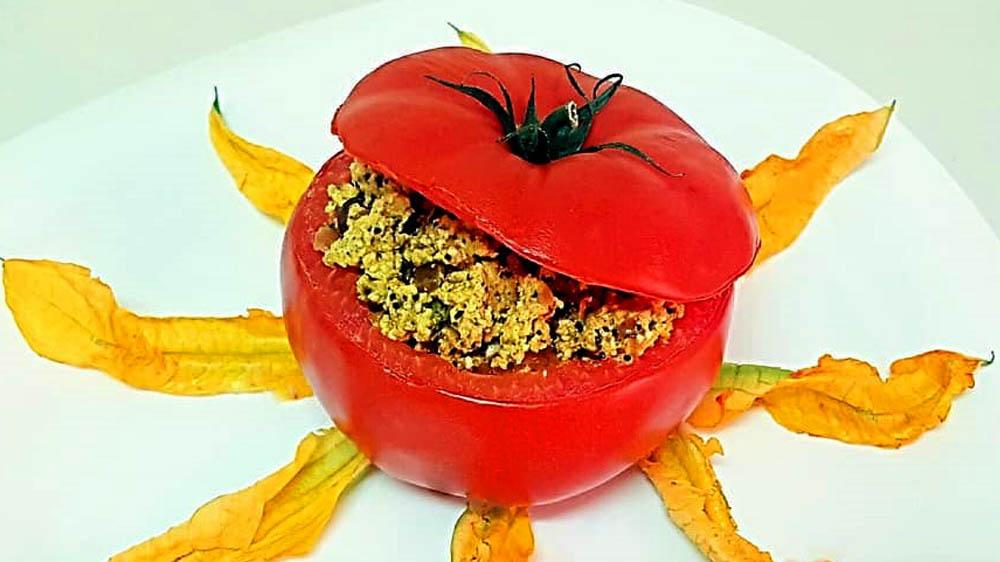 Ricetta di Pomodori Ripieni Fiammanti con il Ghee
